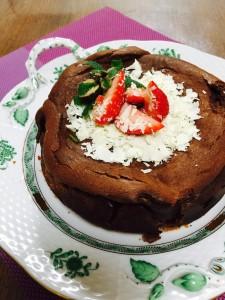 濃厚なバレンタインチョコレートチーズケーキ